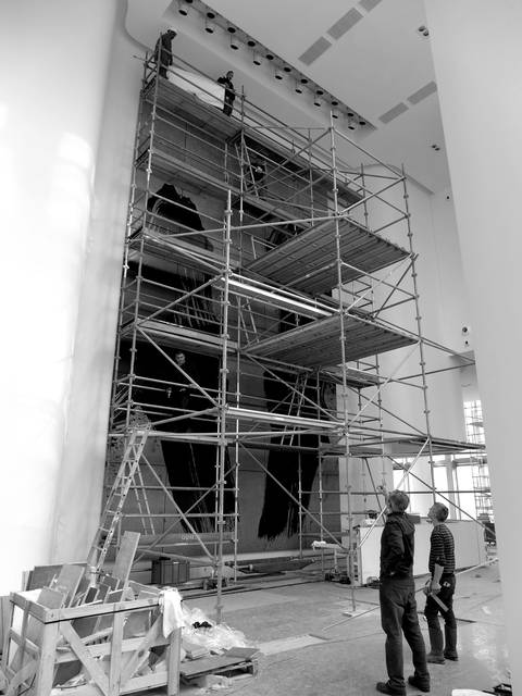 Installation of La Faille in Majunga Tower