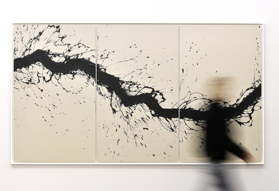 Fabienne Verdier - Walking Painting